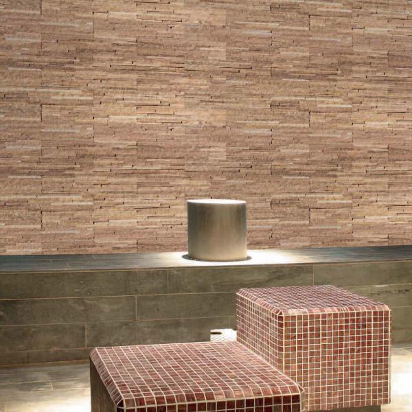 Rivestimenti Pareti In Pietra Naturale: Bagno in finta pietra realizzato base.